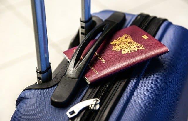 reizen, paspoort, koffer